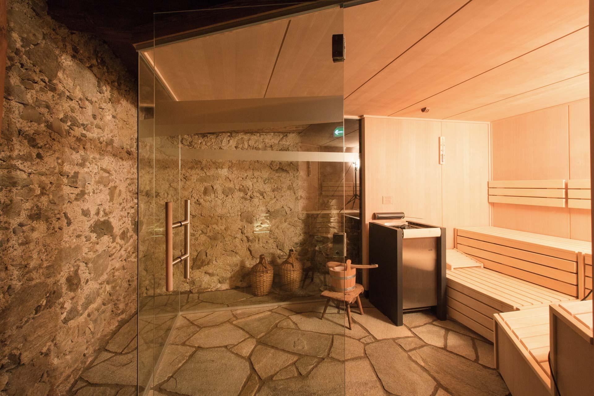 wellness sauna und entspannung alpenjuwel ferienwohnungen in nauders. Black Bedroom Furniture Sets. Home Design Ideas